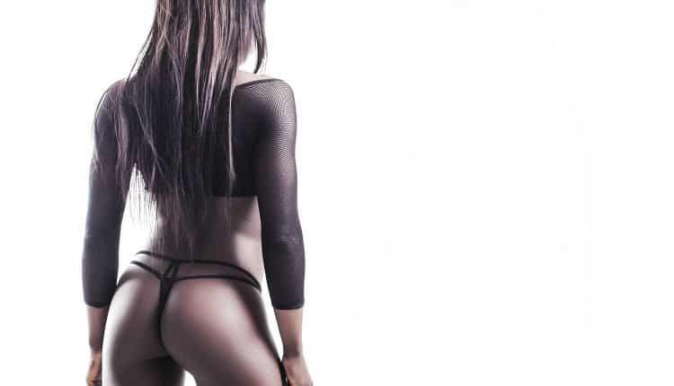 African model back portrait