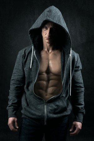 women find carved abs on man simply irrisitible